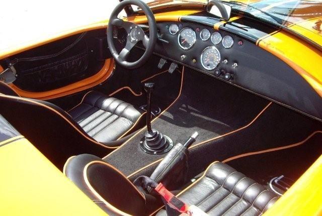 ac cobra occasion ac cobra r plique 427 surperformance cabriolet bleu voiture ac cobra. Black Bedroom Furniture Sets. Home Design Ideas