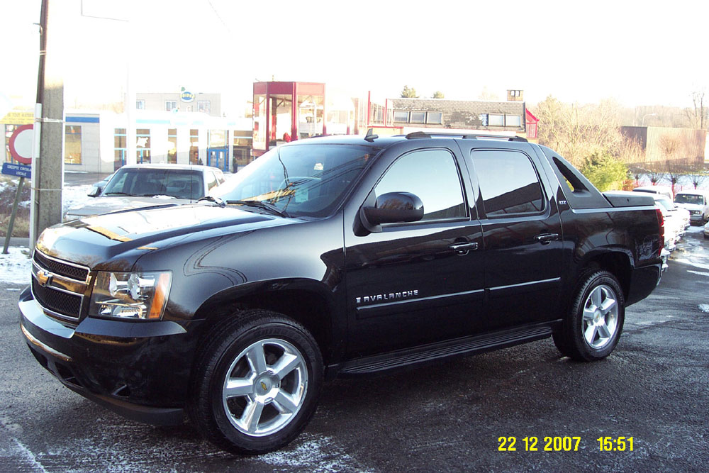CHEVROLET PICKUP 1500 AVALANCHE LTZ
