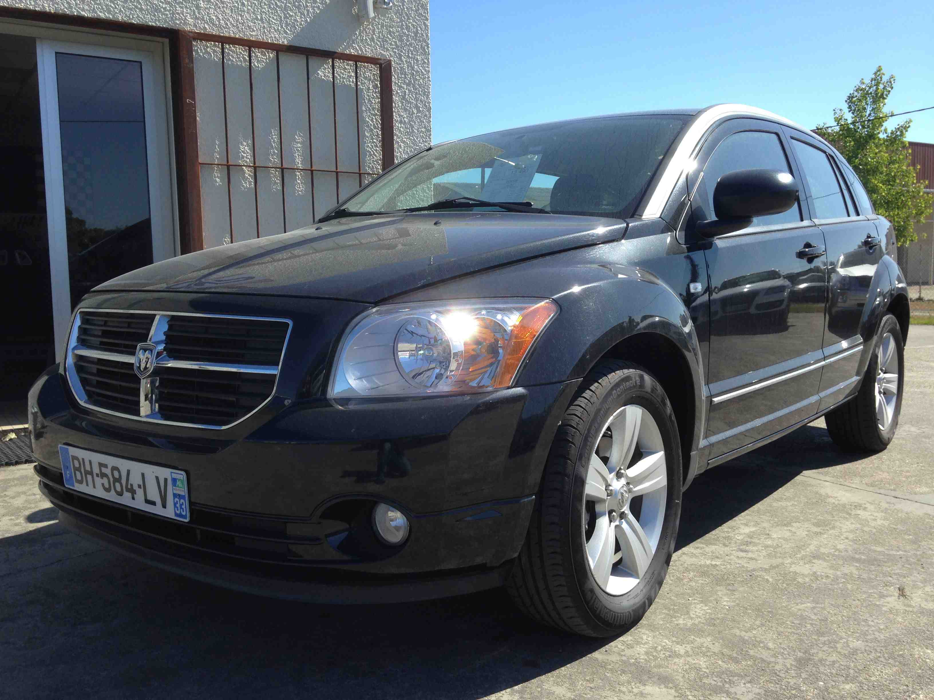 dodge caliber occasion. Black Bedroom Furniture Sets. Home Design Ideas