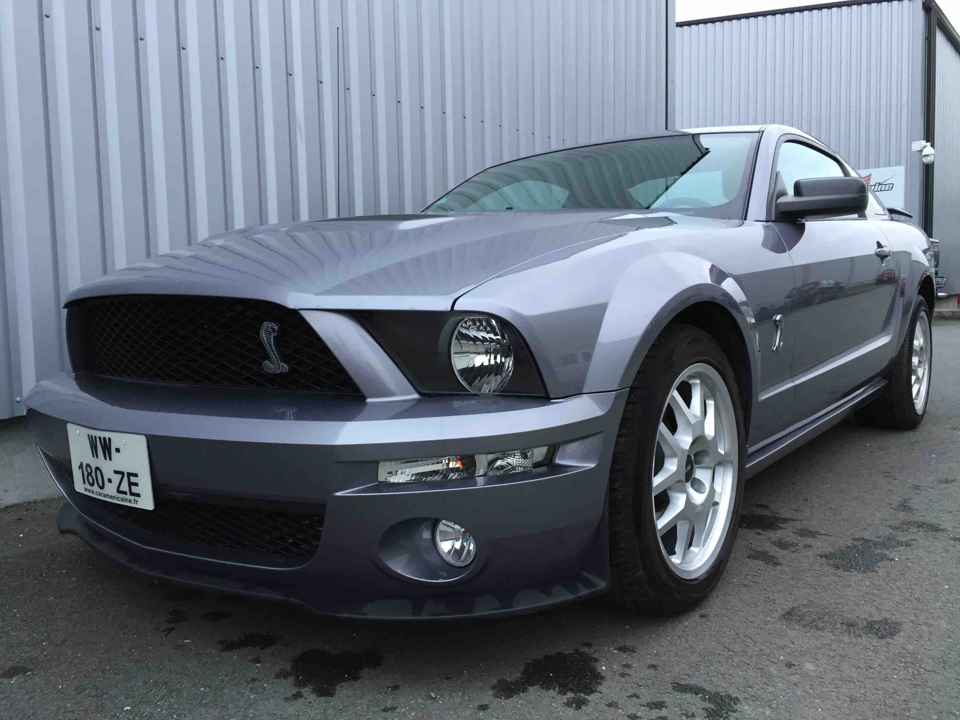 FORD MUSTANG GT LOOK SHELBY